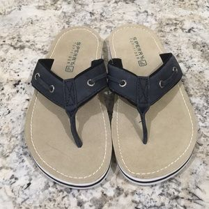 Sperry Leather Thong Sandals